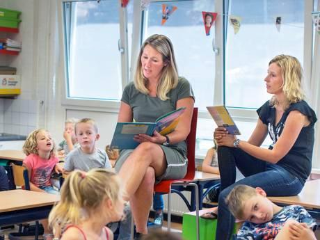 Een uurtje een moeder voor de klas, duizenden basisscholen voeren actie