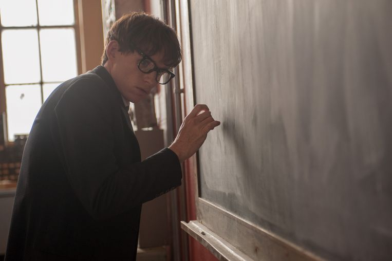 Eddie REdmayne als Stephen Hawking in The Theory of Everything Beeld x