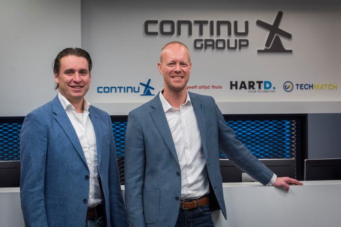 Ramses Peppinck (links) en Seth Winterscheidt in het hoofdkantoor van Continu op Flight Forum in Eindhoven.