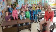 Leerlingen De Eenhoorn in pyjama naar school
