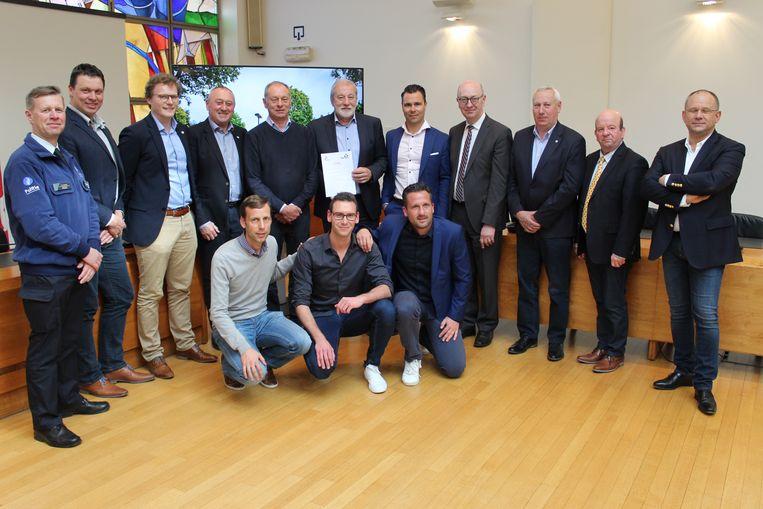 De ploeg achter de organisatie van de Binckbank Tour in Aalter.