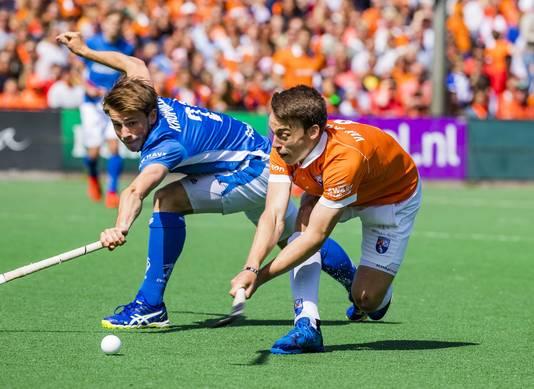 Yannick van der Drift maakt de 1-0.