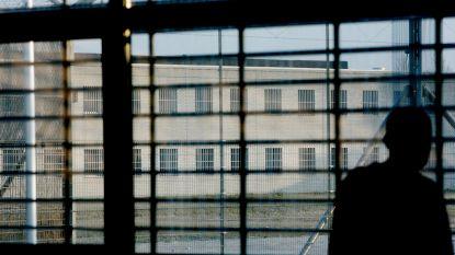 """""""België is paradijs voor gangsters die willen vluchten"""": veroordeelde crimineel heeft vaak week tijd om koffers te pakken"""