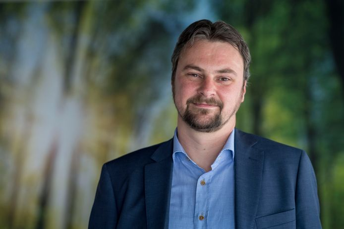 De Schiedamse wethouder Jeroen Ooijevaar.