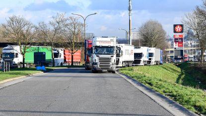 Theo Francken vraagt EU geld voor privébewaking op snelwegparkings