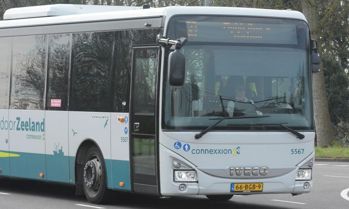 Bus van Connexxion in Zeeland