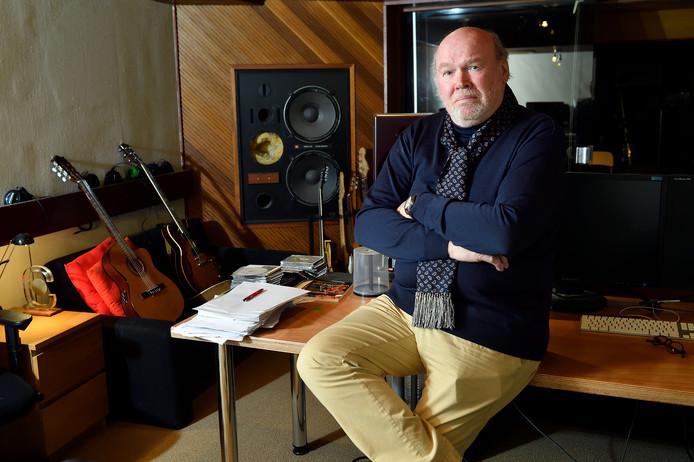 Piet Souer in zijn studio in Blaricum.