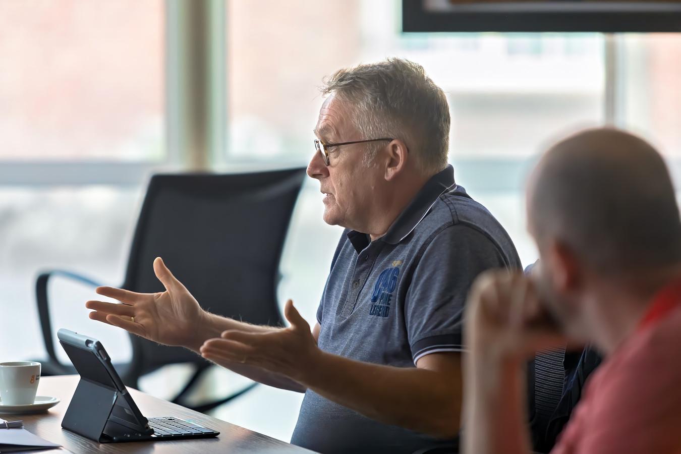 Fractievoorzitter Bert van den Kieboom van Lokaal +.