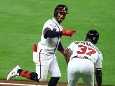 Ozzie Albies viert rentree bij Atlanta Braves met bizarre recordzege