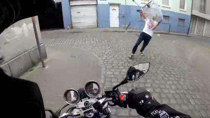 Verkeersagressie loopt compleet uit de hand in Molenbeek: motorrijder wordt aangevallen met winkelkar