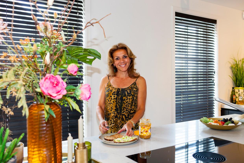Leontien van Moorsel in haar keuken thuis. Beeld Renate Beense
