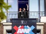 DJ's Armin en Hardwell stunten plots op de Dam