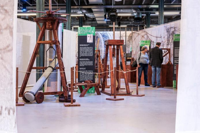 Veel nagebouwde schaalmodellen op de expositie in het CIVON.
