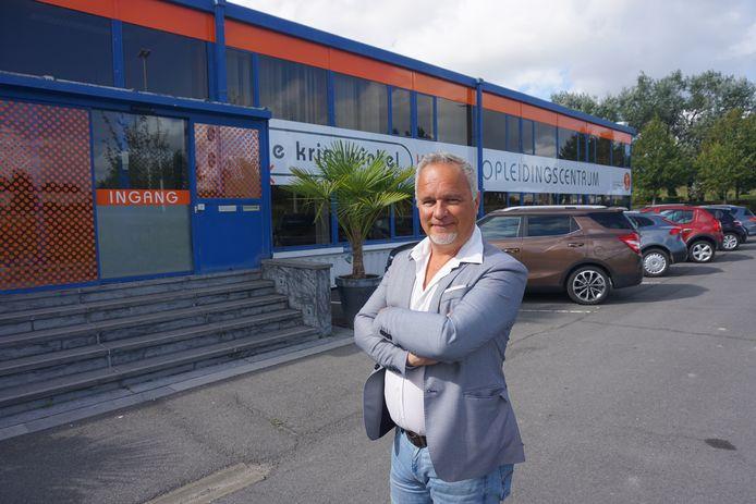 De Kringwinkel Kust heeft in de Karperstraat een nieuwe hoofdzetel betrokken. Directeur Bart Herremans is dan ook in zijn nopjes met de verhuis.