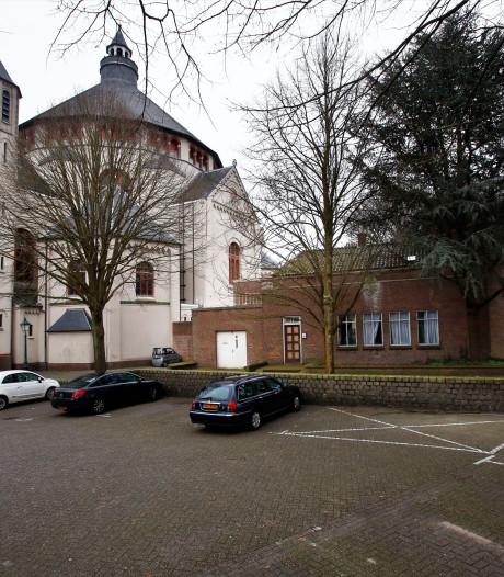 Is de  Sint-Cathrienkerk eigenlijk nog in beeld als tijdelijke theaterzaal?