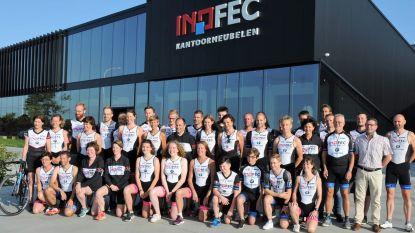 Tielts triatlonteam ontvangen bij sponsor Inofec