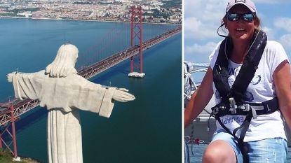 """Veronique zit al wekenlang 'gevangen' op zeilboot: """"Prachtig uitzicht, maar ik kan nergens heen"""""""
