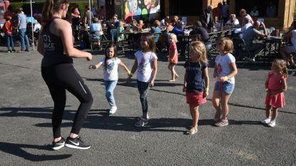 Inwoners genieten nog even van de zomer op Beigem Kermis