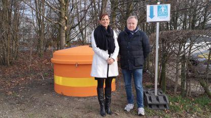 Twee nieuwe afvalcontainers op Klein Gent in strijd tegen zwerfvuil