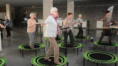 Nooit te oud voor sessie op trampoline