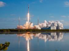 Heb je het ook gezien? Het 'Ufo-treintje' van Elon Musk vloog vanochtend over Zeeland