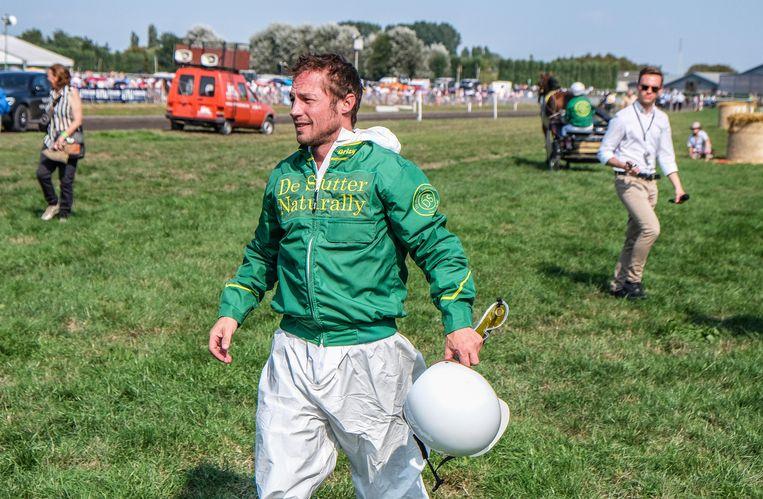 Mathias Coppens deed mee aan de dubbele sulky Pro-Am Horse Race for Charity.