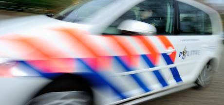 Duo pleegt gewapende overval op snackbar in Utrecht