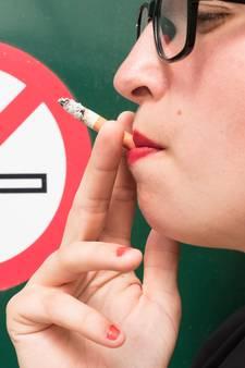 KWF klaagt tabaksindustrie aan voor zware mishandeling