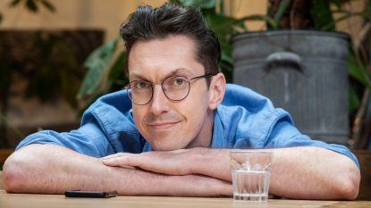 Steven Van Herreweghe haalt vergeten tv-schatten onder het stof vandaan in nieuw programma