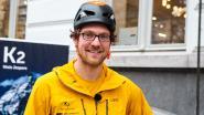 """VIDEO: Niels beklimt gevel outdoorwinkel: """"Bescheiden voorproefje op dodelijke K2"""""""