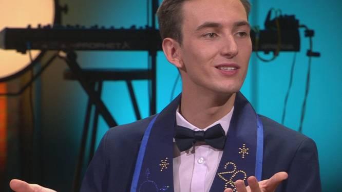 """Ouders van Mr. Gay Belgium Joren Houtevels hadden moeite met zijn outing: """"We hadden geen probleem met zijn seksualiteit, de fout is dat we er niet over gepraat hebben"""""""