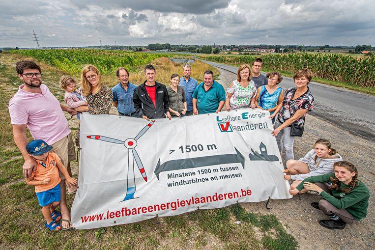 De actiegroep 'Leefbaar Pittem' haalde alles uit de kast om de komst van de windmolens naar Pittem tegen te houden. Nu halen ze opgelucht adem.