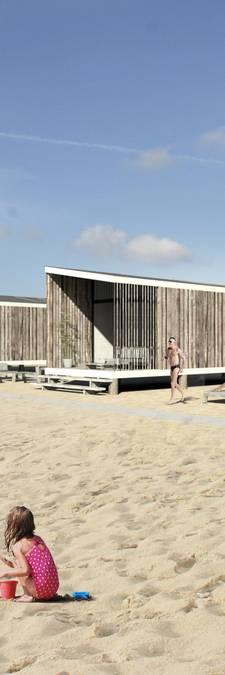 Strijd om strandhuisjes loopt uit de hand