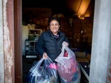 Stichting Parwin uit Bentelo zoekt extra opslagruimte voor hulpgoederen aan Irak en Syrië