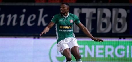 FC Dordrecht wint na knotsgekke slotfase bij SC Cambuur