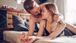 Dankzij karezza kan je ook hygge introduceren in je seksleven
