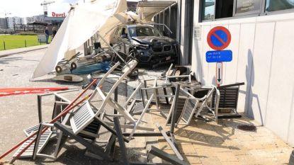 Man die op terras inreed aan Wilfordkaai krijgt geldboete met uitstel en rijverbod