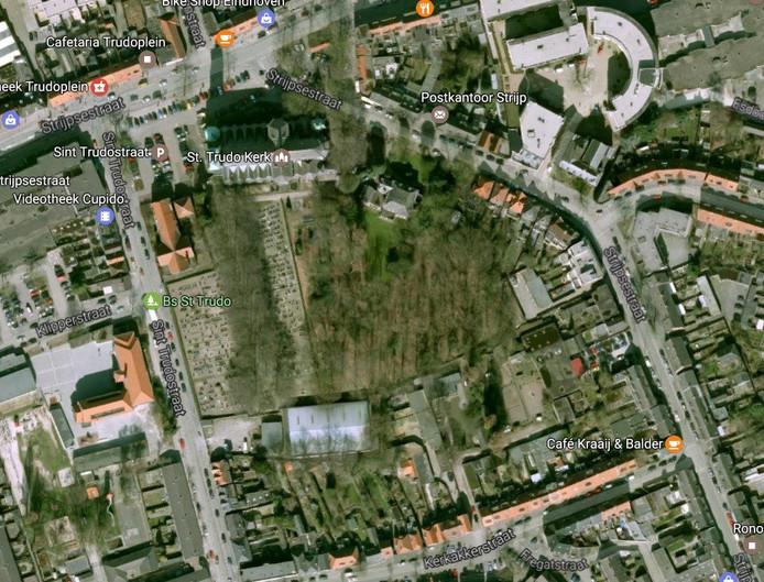 Het Trudobosje bij de Sint-Trudokerk in Strijp. Hier wil de Jorisparochie natuurlijk begraven gaan aanbieden. Bron: Google Maps