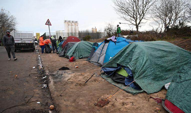 Beeld ter illustratie, Franse ordediensten ontruimen vluchtelingenkamp nabij Calais.
