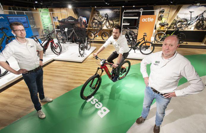 Het team van Leenders beweegt mee met de markt. Van links naar rechts: Koen Grefte, Maarten Spijker en Jos Leenders.