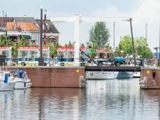 Het treintje rijdt weer in Harderwijk; 'Dit is veel leuker dan lopen!'