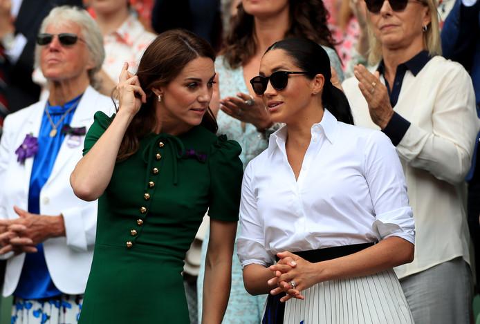 Hoog bezoek bij de finale: Kate Middleton en Meghan Markle.