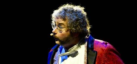 Kunstfluiter uit Mierlo gaat anderhalf jaar op wereldtour met Cirque du Soleil