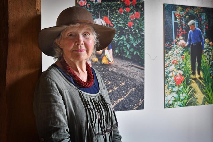 Elisabeth (foto) en Marijke Heuff exposeren in Herberg de Pol en het tegenover gelegen Ottenhuis.