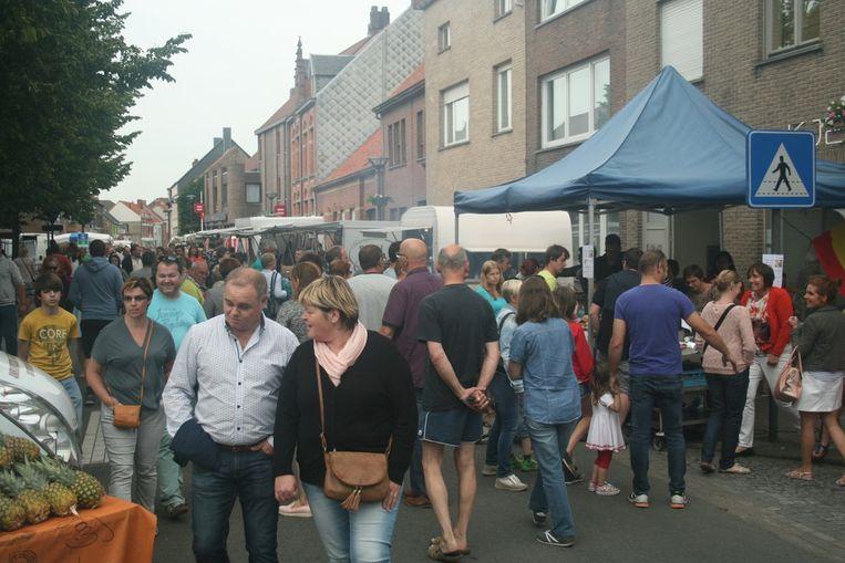 De avondmarkt in Oudenburg