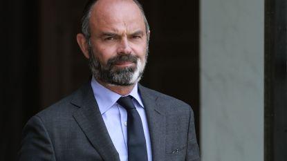 Na vele vragen over opvallende witte vlek in zijn baard: Franse premier lijdt aan vitiligo