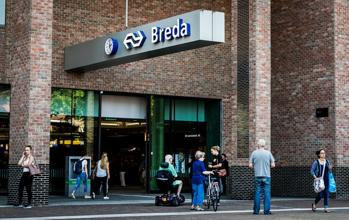 Het station in Breda.