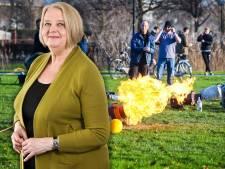 Lia hoopt niet dat de vuurwerkvandaaltjes nu op het idee komen om carbid te schieten