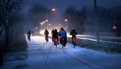 verkeer--gladheid-verwacht-door-winterse-neerslag