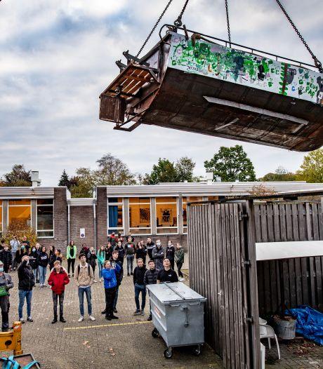 Dit is het echte werk: leerlingen Montessori College bouwen hun eigen boot